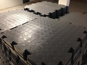 Anti-static interlocking floor tiles make for a highly robust technical space floor