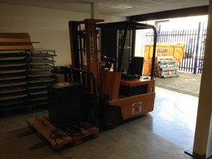 We took delivery of our forklift this week, which will be employed to move heavy equipment around our campus moving forwards - it will be getting a full respray and livery soon